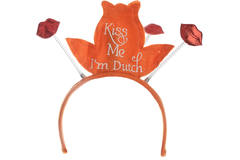 Tiara Kiss Me I'm Dutch 1